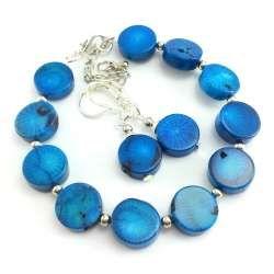 Komplet biżuterii bransoletka z kolczykami z niebieskiego korala.