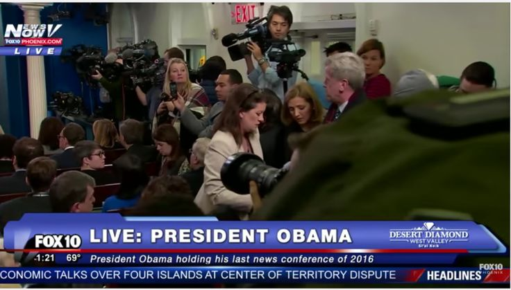 VIDEO: Reporter becomes physically sick during Obama press conference