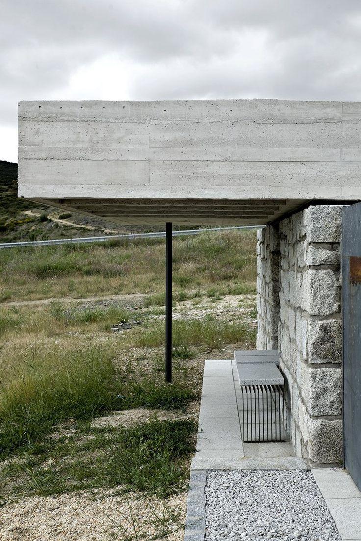 Adecuación de Acceso y Columbario. Cementerio Municipal, Robregordo, 2012 - Moisés Royo
