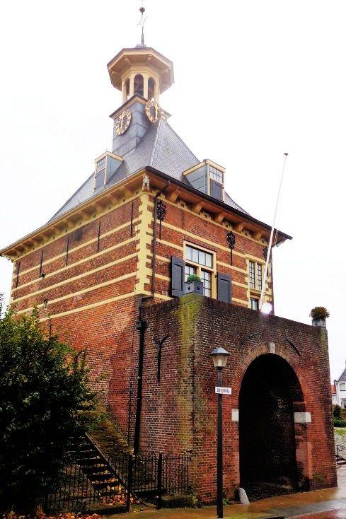 17 beste idee n over bakstenen muren op pinterest nep bakstenen muren interieur bakstenen - Kantoor onder het dak ...