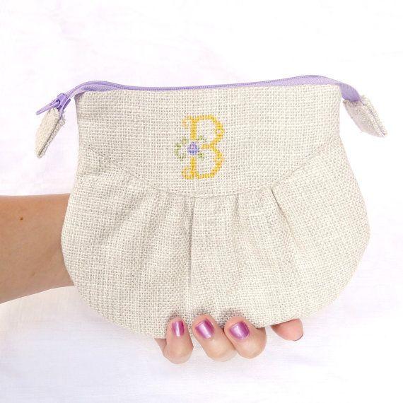 Monogrammed B Linen Zipper Pouch