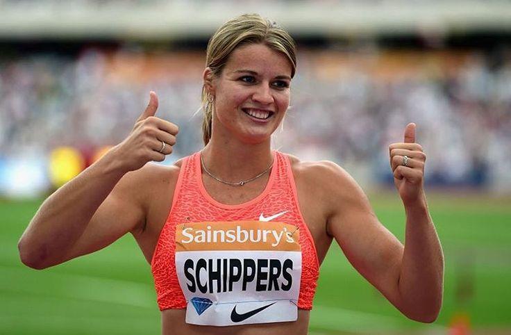 Ik keek mijn vriend een beetje moedeloos aan terwijl ik het hem vroeg, 'hoe word ik Dafne Schippers? Hoe maak ik mezelf los van de horde en zet ik die ene juiste stap die me de voorsprong geeft?' Mijn vriend, die (sport)journalist is, lachte en...