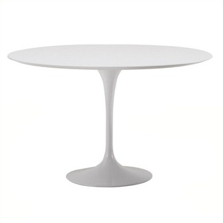 Knoll~ Saarinen Round Dinning Table