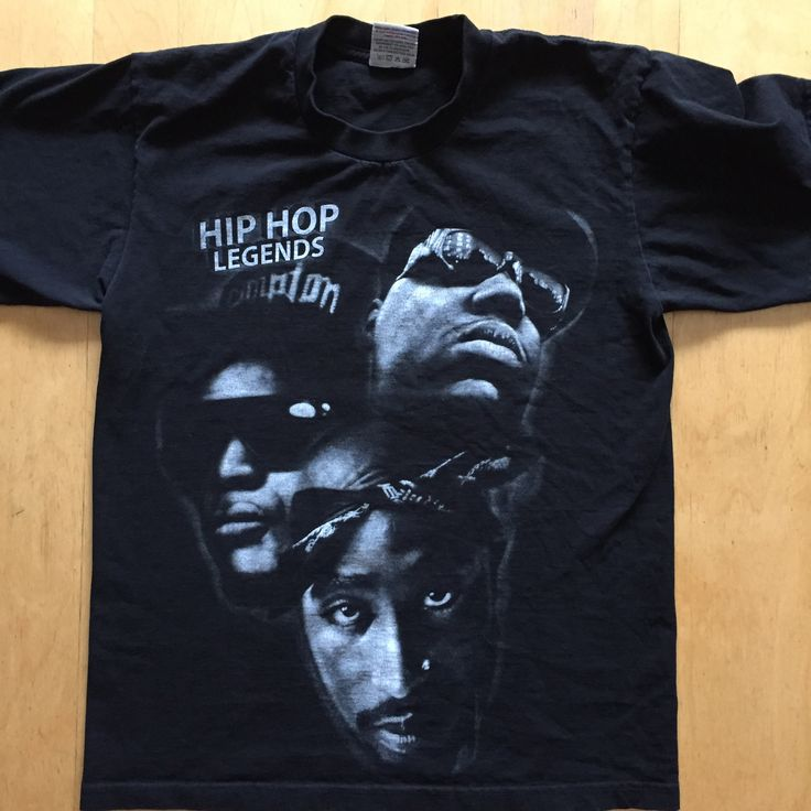 Shirt size (MED.) Legends of Hip Hop Easy - E - Biggie -Tupac Gently Pre Loved Shirt No refunds or exchanges on clothing That doesn't fit   #eazye #gangsta #gangstarap #notoriousbig #biggie #bigpoppa #tupac #alleyezonme #toliveanddieinla #nwa #ericlynnwright #ruthlessrecords #eazyduzit #thadoggpound #legendsofhiphop #80s #80skid #californialove  #westcoastrap #eastcoastrap #deathrowrecords