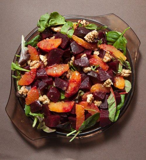 Insalata detox con arance e barbabietole