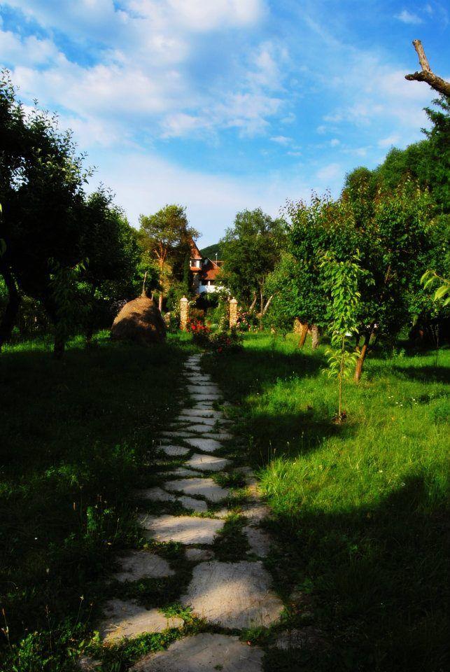 http://www.castelulmaria.ro/