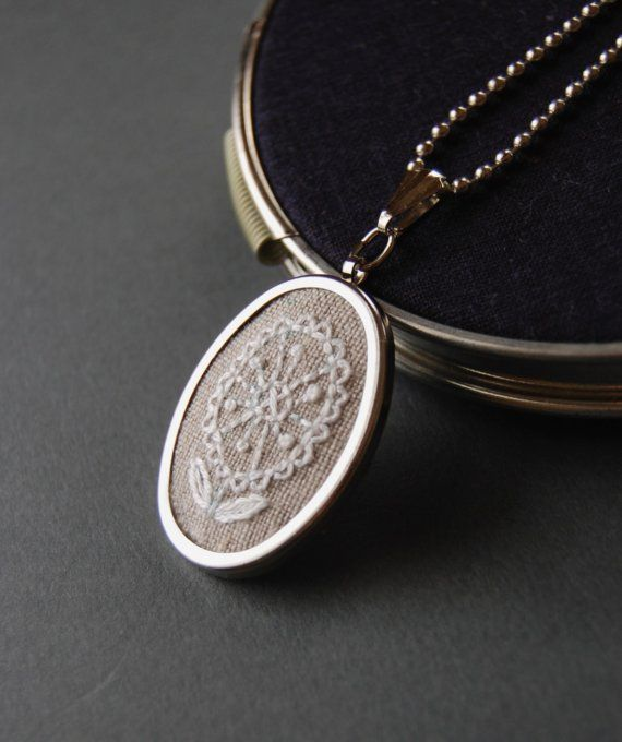White Flower Embroidered Pendant Necklace by SeptemberHouse