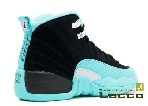 Обувь Женские кроссовки Air Jordan Retro 12 Black/Mint