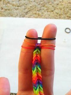 Love, Laugh, DIY: Rainbow Loom Bracelet...Minus the Rainbow Loom (on your FINGERS!)