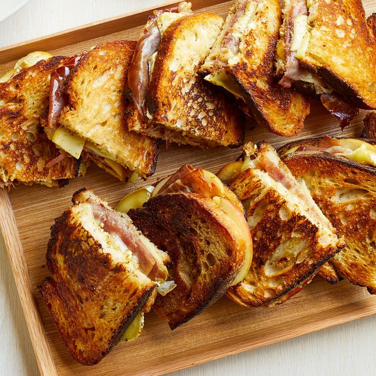 Baked Brie, Apple & Prosciutto Sandwiches