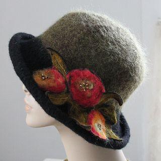 Eliza Hat for Jane Austen Knits magazine Fall 2014 LisaCruse.com of Ambrosia Cottage