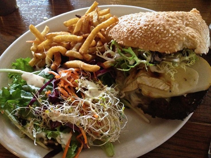 Weekly Lunch Pick: Chez Lucien