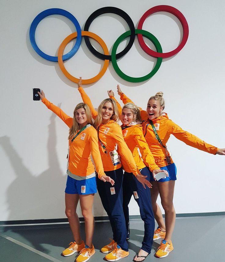 Estavana Polman met Oranje Handbaldames