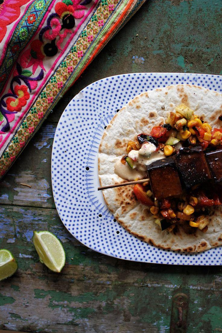 Tortillas med ristet maj & røget tofu