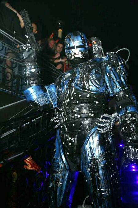 Robocop Versus The Terminator costume. PROJECT ZOOGUNNER.