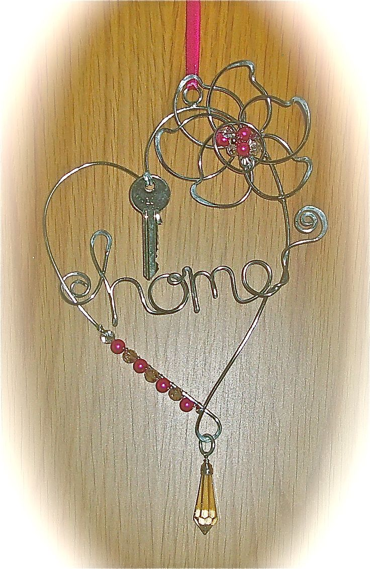 Key Holder created in my Home Decor Workshop www.wirejewellery.co.uk