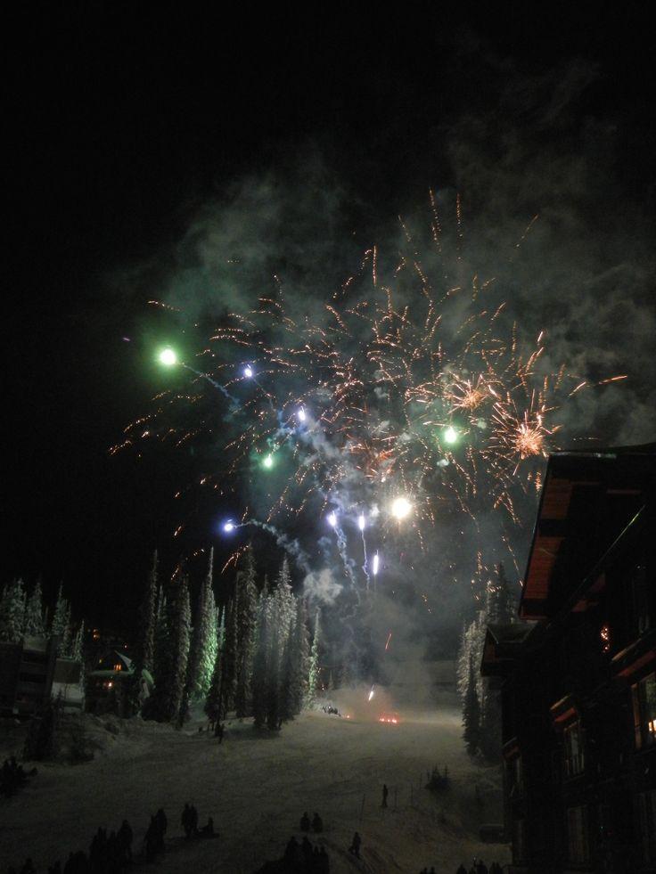 Fireworks Christmas Eve Big White Ski Resort British Columbia Canada photo by Sue Harper seniornomad@wordpress.com