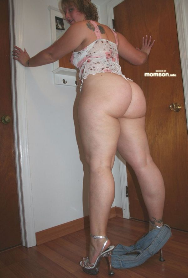 Know, Big booty moms nude