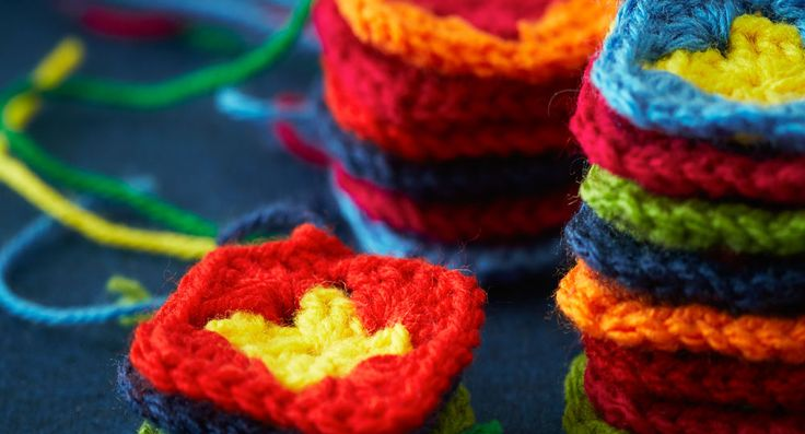 Learn the basics to crochet a granny square