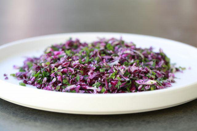Everybody Loves It! Red Cabbage Salad - One of the quickest, easiest and tastiest vegan salads you will ever make! It looks gorgeous too.