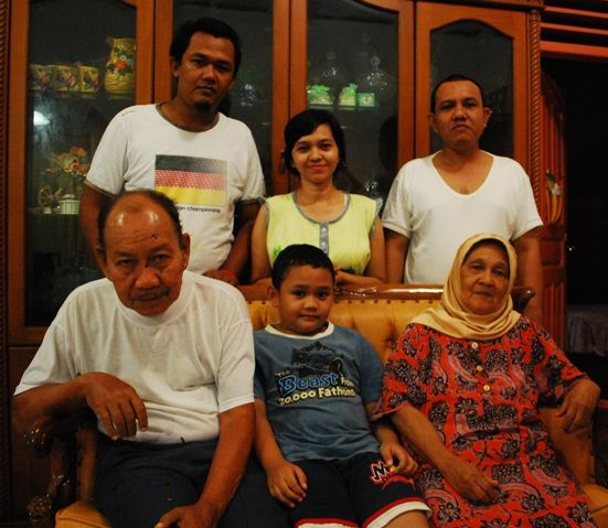 Pekanbaru Indonesia - Living With The Locals