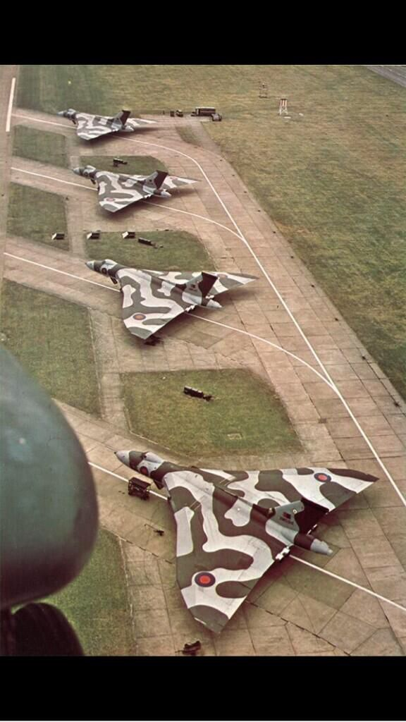 Avro Vulcan, ready to roll!