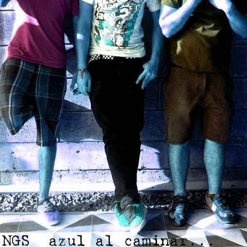 Nos gusta el sexo - Azul al caminar
