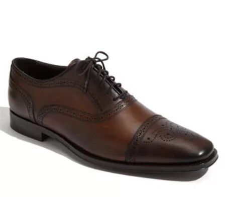 Men's shoes brown leather