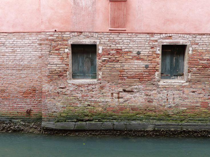 Mur et eau