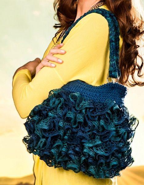 Bolsa em Tricô Azul com Fio Sensual Crochê e Lã seda