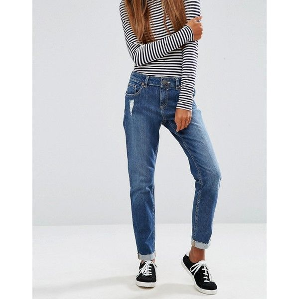 ASOS Kimmi Shrunken Boyfriend Jeans in Roxy Mid Wash (45 CAD) ❤ liked on Polyvore featuring jeans, blue, relaxed fit boyfriend jeans, relaxed fit jeans, blue jeans, asos boyfriend jeans and shiny jeans