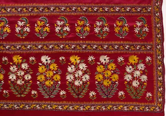 Sari, satin embroidered with silk thread, Surat, India c. 1880. l Victoria and Albert Museum