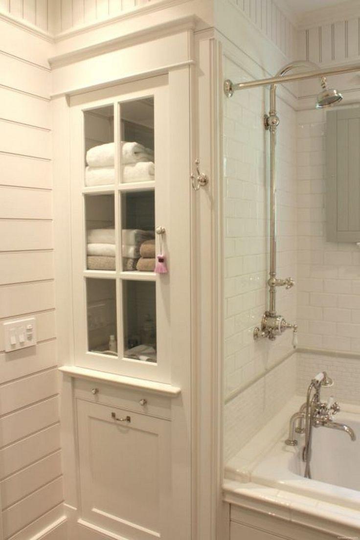 Rustic Farmhouse Bathroom Ideas with Shower 30 - HomeKemiri.com