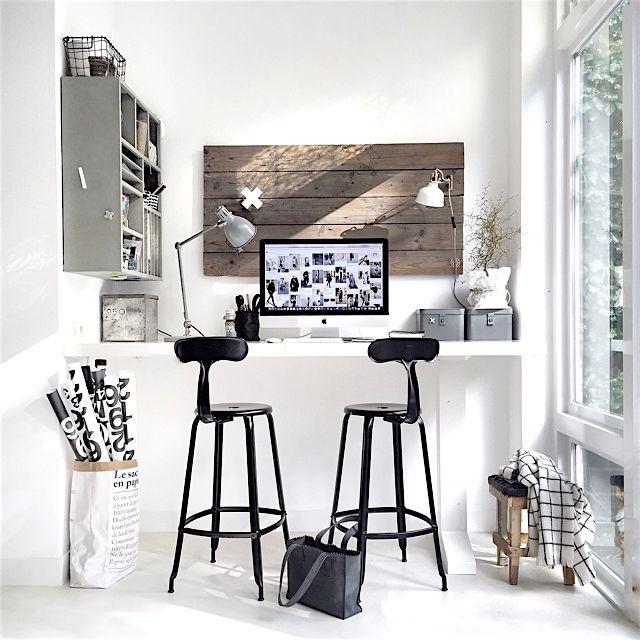 ber ideen zu platz auf dem schreibtisch auf pinterest schreibtische. Black Bedroom Furniture Sets. Home Design Ideas