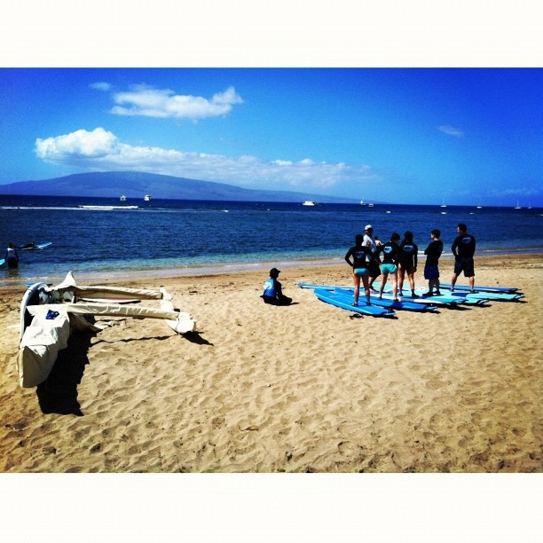 Surf Lesson. #surfing #surfers #hawaii #beach #pacific #ocean #sea #sand #lahaina #maui