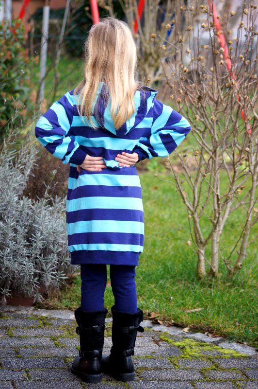 Hoodie-Schnittmuster Sweatshirtkleid LongiHood für Kinder | Nähen ...