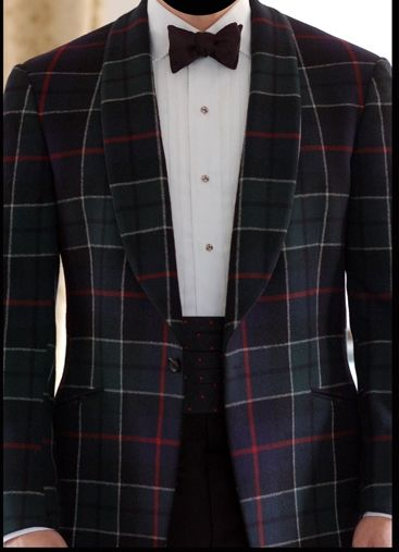 Tartan shawl-lapel dinner jacket