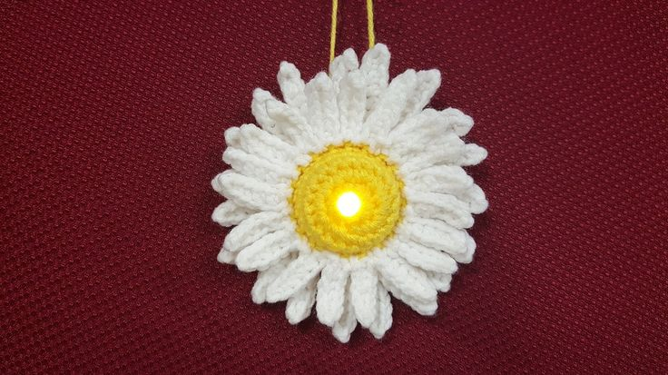 Why wait for April showers to bring May flowers, just make your own! What You Will Need: Yellow and White worsted wt [4] yarn; a battery operated tea light; G / 4.0mm crochet hook; stitch marker; s…