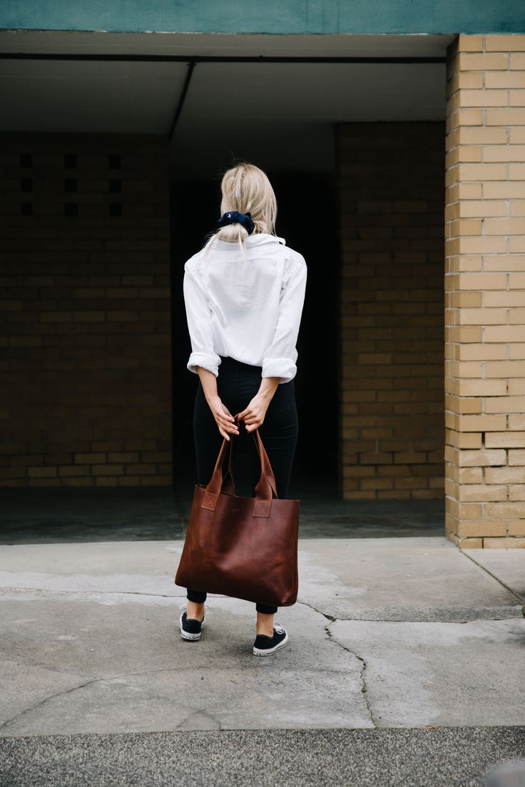 Honey & Heid Vintage Poppins Bag, pure leather, handmade in Melbourne, Australia. The perfect oversize tote!