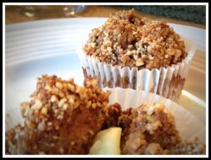 Apple-Carrot Pulp Muffins ~ Use the pulp leftover from juicing fresh apples and carrots! These muffins are grain, gluten and refined-sugar free! | popularpaleo.com