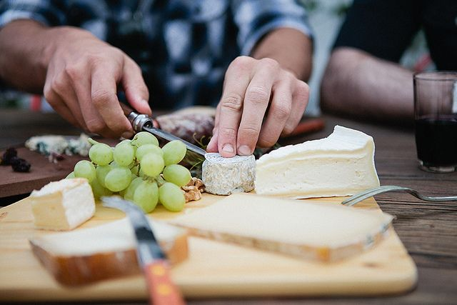 cheese & grapes &.....: Appetizer Recipes, Charcuterie Cheese, Food, Posts, Appetizer Cheeses, Photo, Cheese Boards