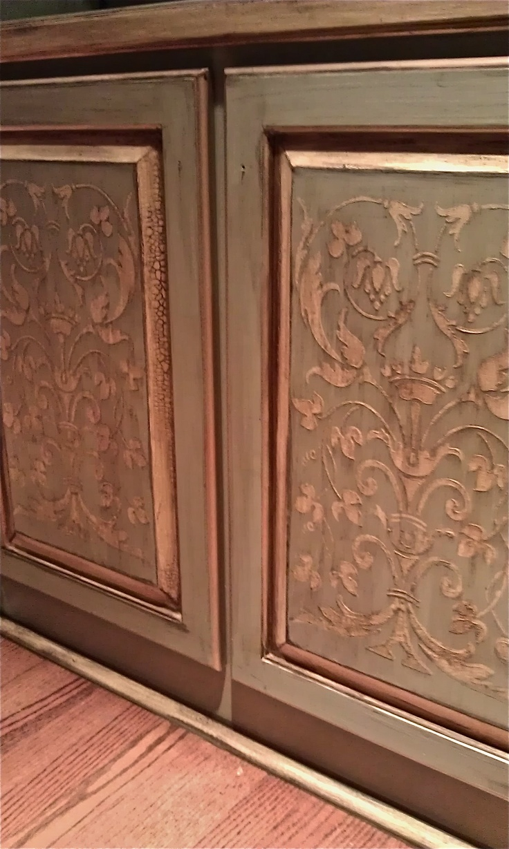 RDS stencils with crackle accents and heavy glaze. Work by Tiffany Alexander of Blank Canvas Design Studio.