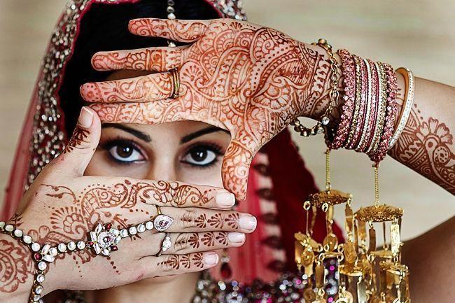 Indoor Wedding Photography Altars Bohoweddingphotography Indian Wedding Photography Poses Bridal Photography Indian Wedding Photography