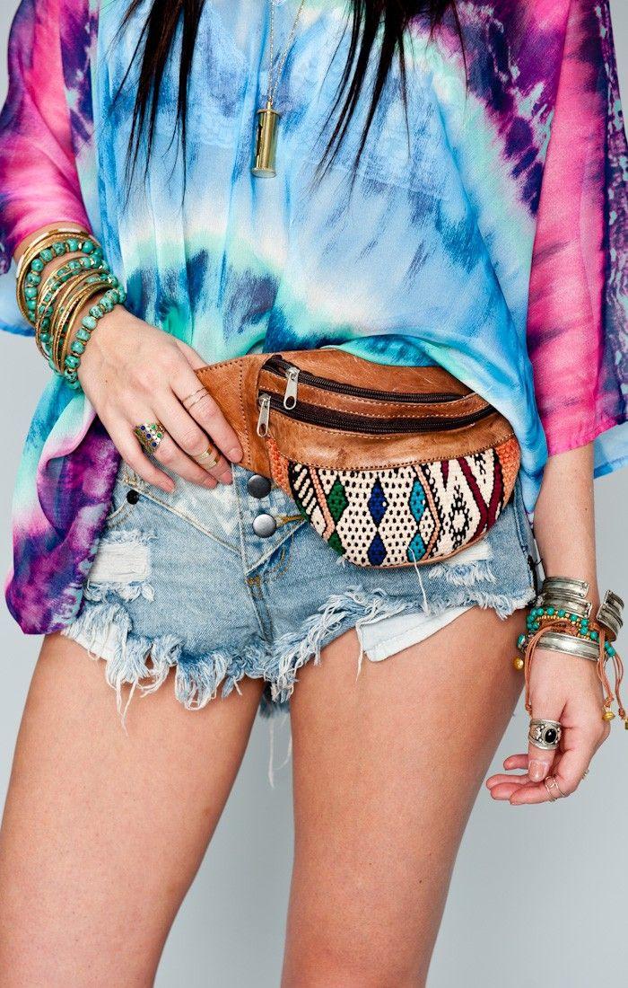 TatiTati Style  ➳➳➳ fanny pack + tie dye yep!