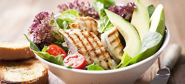 Η διατροφολόγος του Mama365 συνιστά τις πιο υγιεινές και γευστικές προτάσεις για βραδινά σνακ που δεν παχαίνουν!
