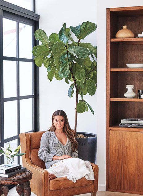Lea Michele sa po tragédii, ktorou bola náhla smrť jej snúbenca utiahla do krásneho domu v Los Angeles. Pozrite sa, ako to tam vyzerá.