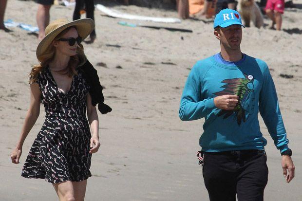 Chris Martin Enjoys Stroll on the Beach with Girlfriend Annabelle Wallis in Malibu