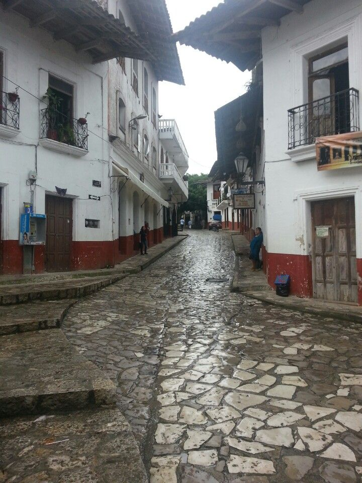 Cuetzalan, Puebla, Pueblo magico.   #nerium #NeriumMexico www.DebbieKrug.me