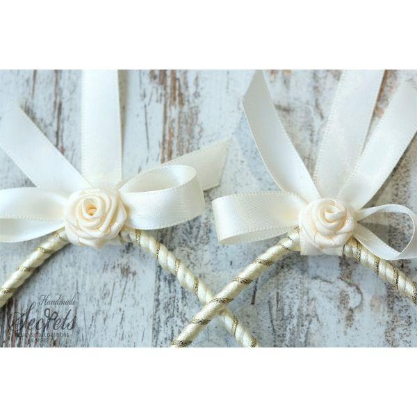 Στέφανα γάμου vintage σε χρώματα εκρού χρυσό & λουλουδάκια υφασμάτινα