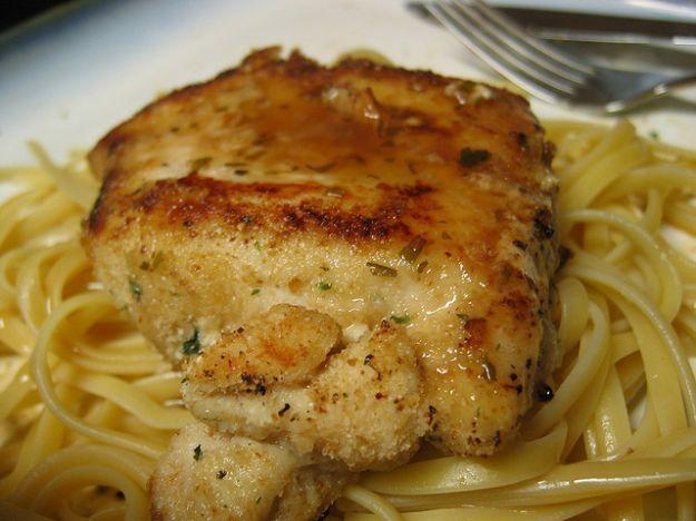 Per la dieta dopo le feste ecco il petto di pollo al marsala, leggero e profumato | Ricette di ButtaLaPasta